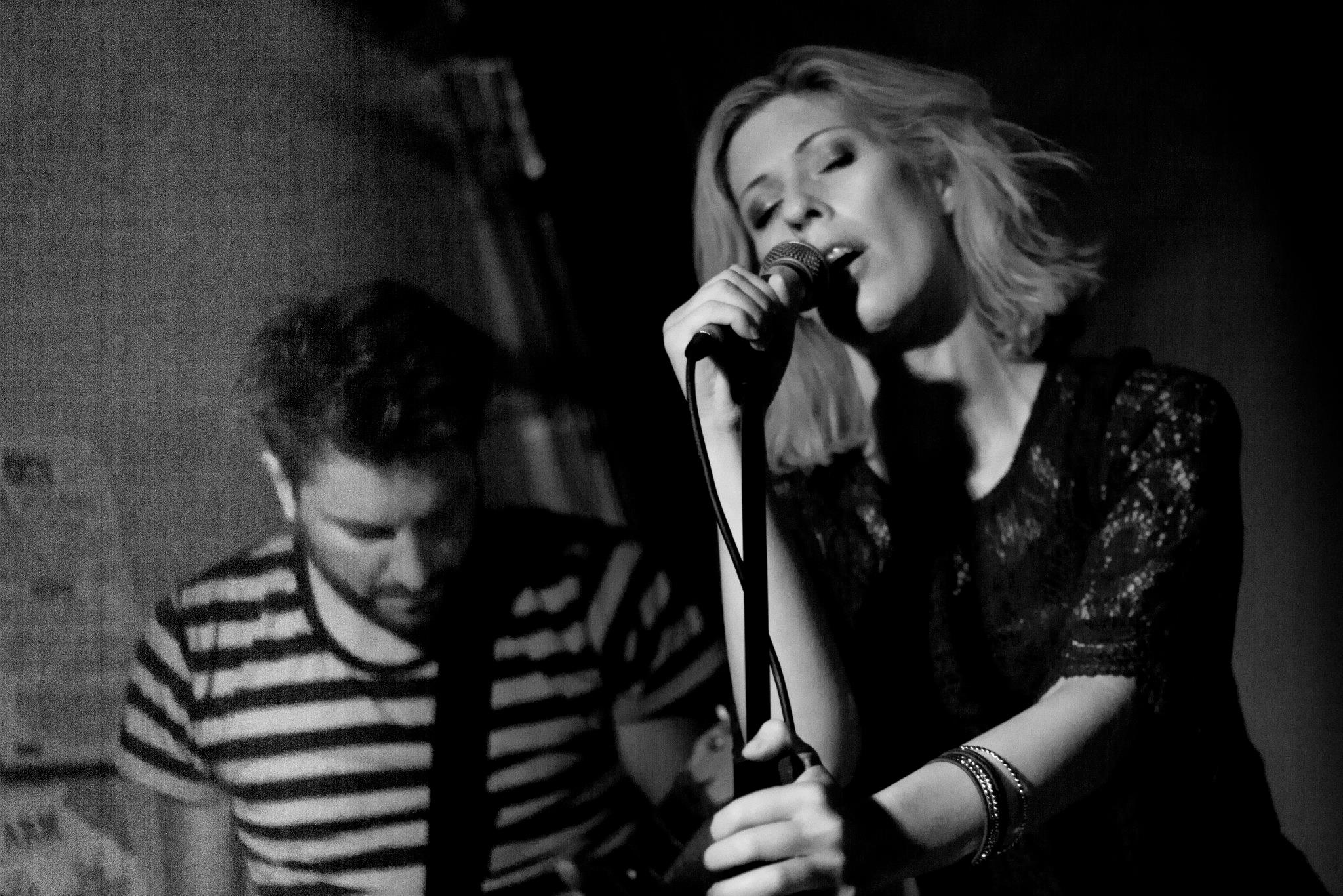 AVAKHAN Lead singer Ava Eckermann and guitarist Andreas Wennberg at Powers Bar in London